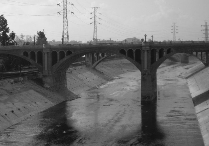 Los_Angeles_River_Bridge_B&W